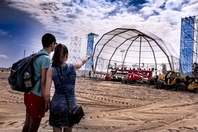 La playa de las Arenas acoge varios conciertos este fin de semana - (foto 1)
