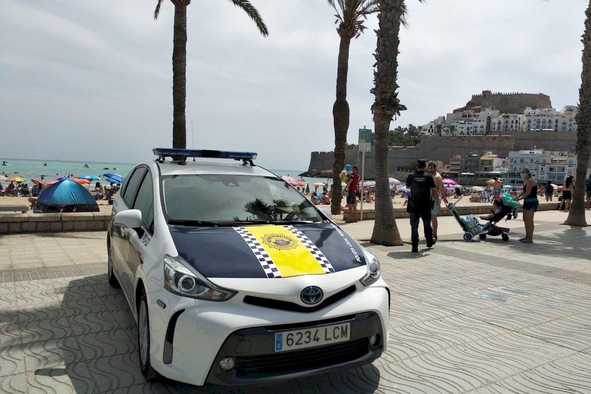 La Policía Local de Peñíscola continúa con las patrullas de control de uso de las mascarillas