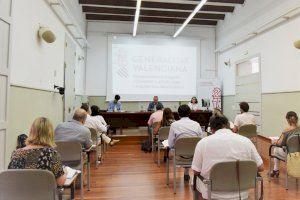 Martínez Dalmau presenta el Protocolo Antidesahucios de la Generalitat - (foto 1)