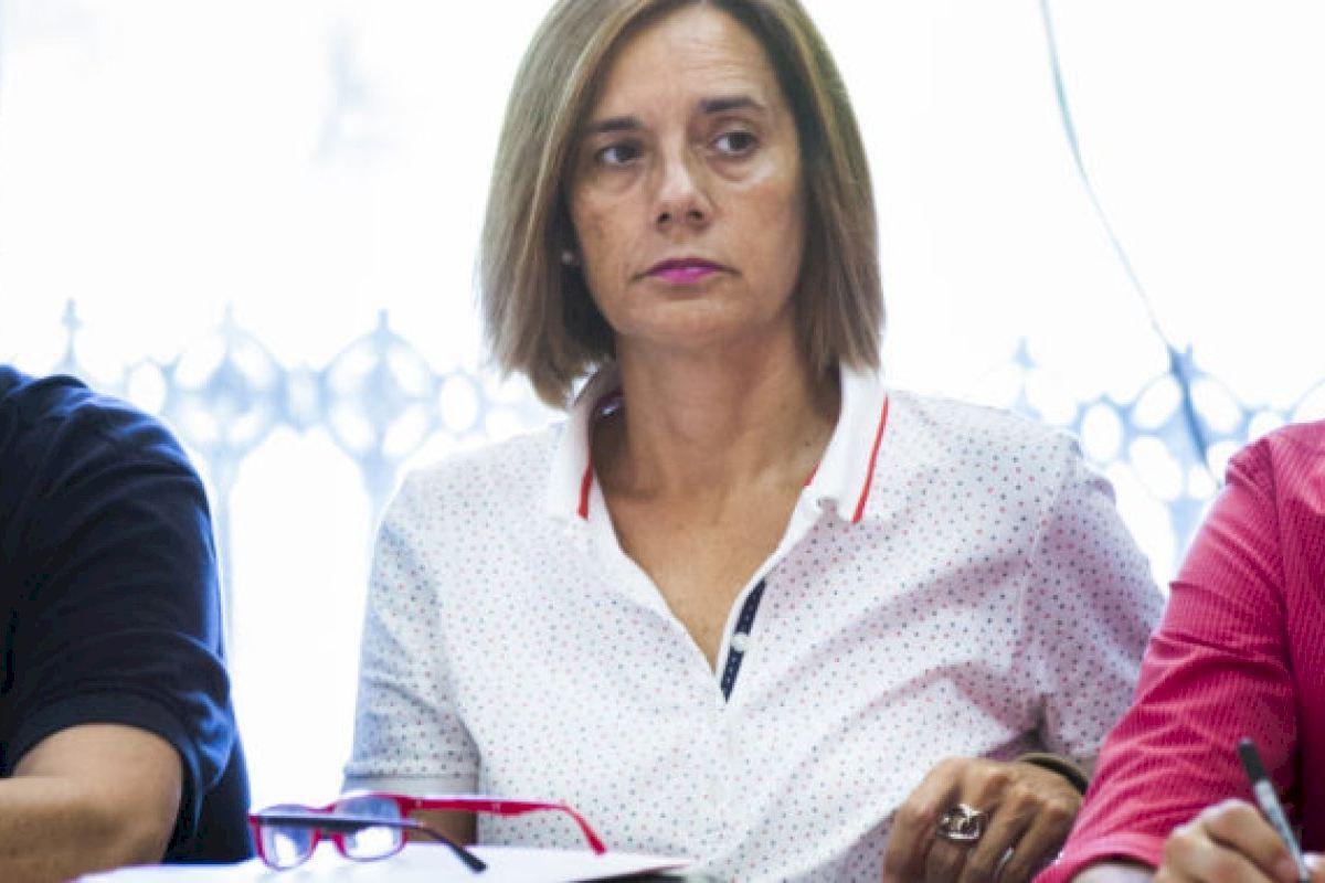 """Sánchez: """"Con los socialistas en el Consell 60.000 alumnos más tienen beca comedor que con el PP"""""""