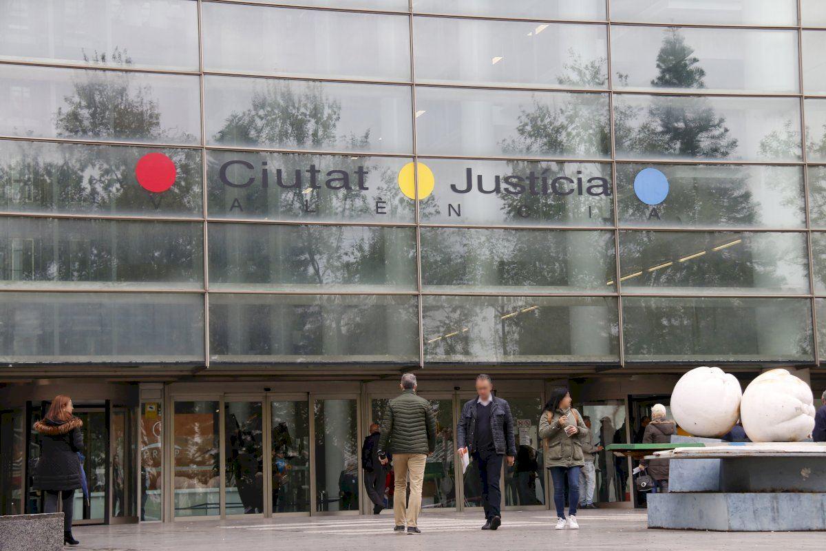 Prisión provisional sin fianza para el acusado de matar a su pareja en Valencia