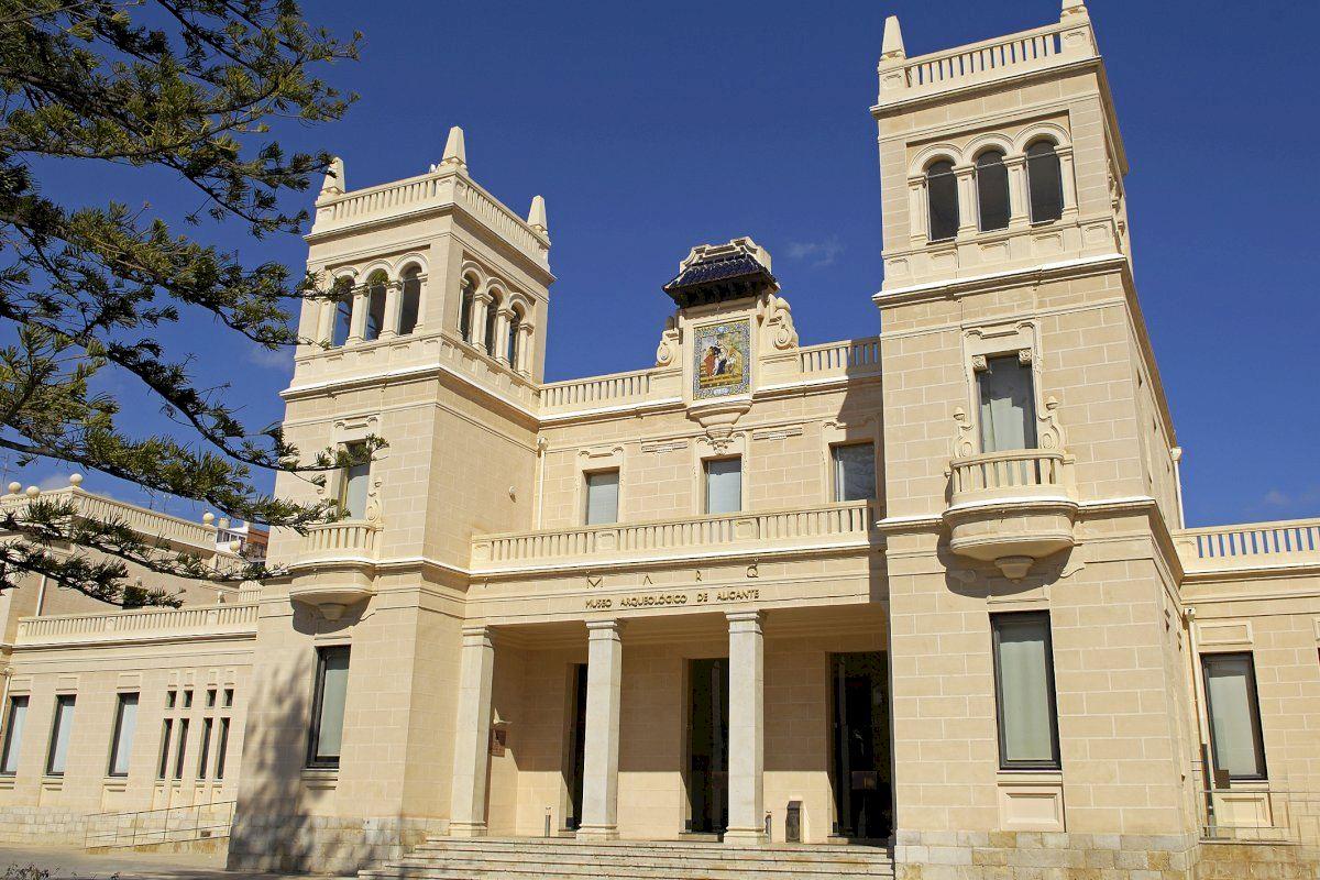 El MARQ acogerá las sesiones presenciales de la IX edición del máster en Arqueología de la Universidad de Alicante