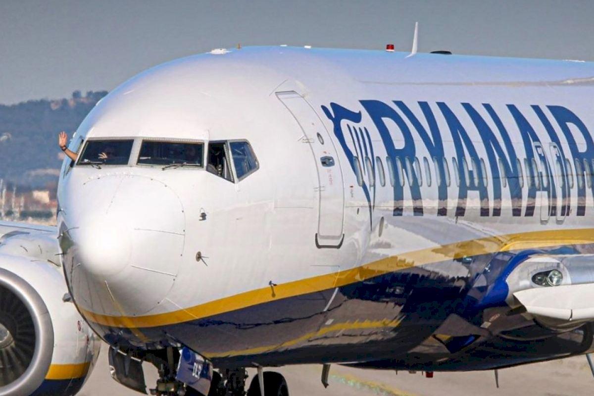 Ryanair anuncia dos nuevas rutas desde Alicante y Mallorca hasta Reino Unido