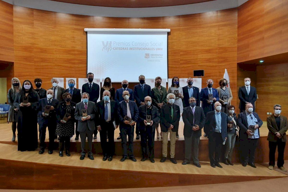 La concejalía de Cultura recibe un premio del Consejo Social de la UMH por la labor del Museo Arqueológico y de Historia de Elche en la difusión del arte íbero