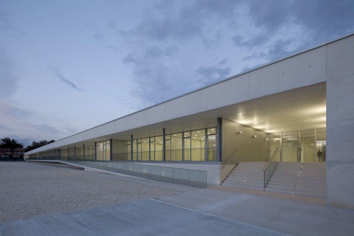 La Diputación de Alicante reitera su ofrecimiento a la Generalitat para que utilice el nuevo centro Doctor Esquerdo para acoger a pacientes ante el repunte de coronavirus