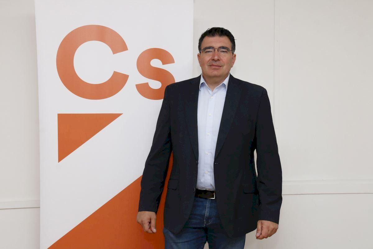 Ciudadanos exige a Compromís y PSOE agilizar la emisión de los bonos personales de la EMT