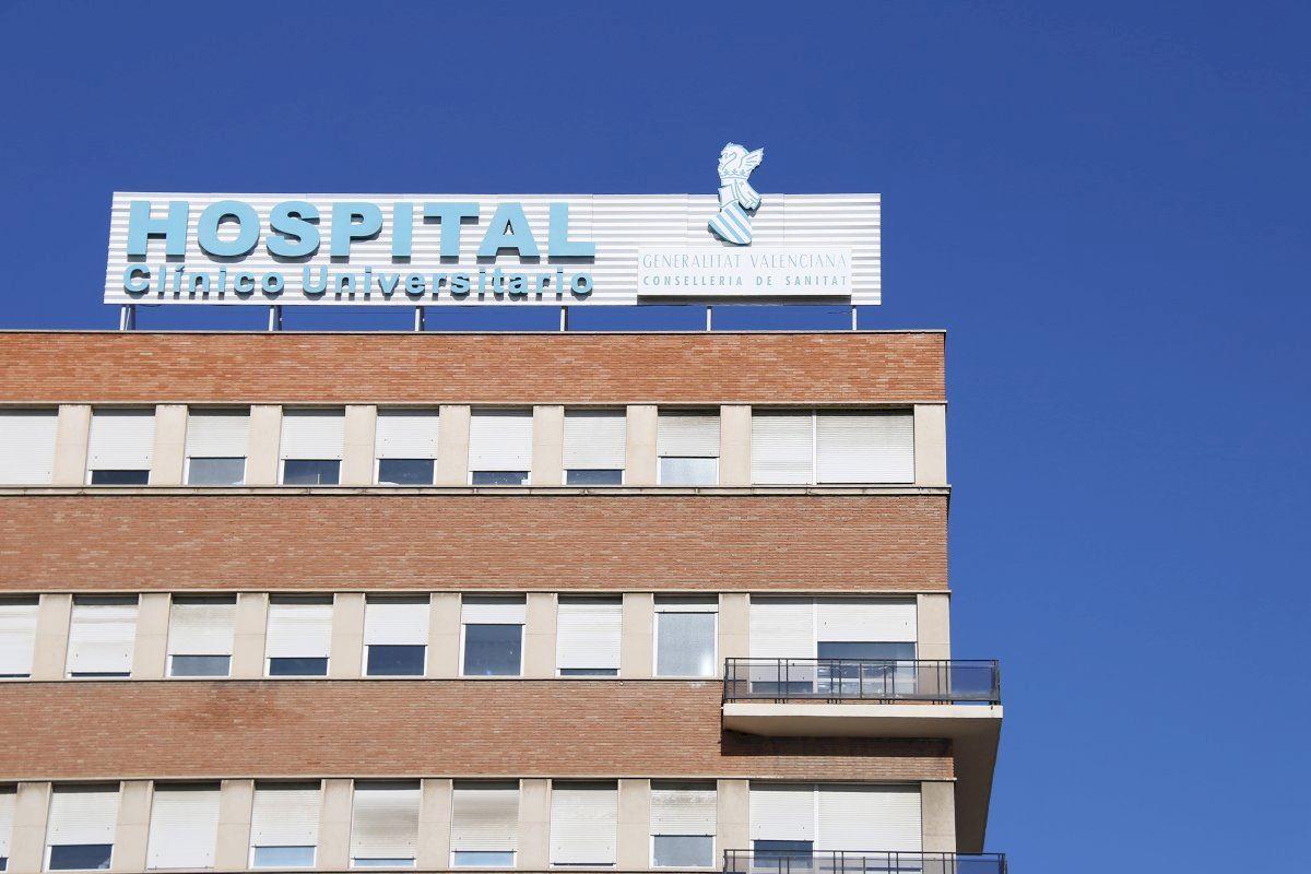 La saturación del hospital Clínico obliga a derivar los partos a la privada