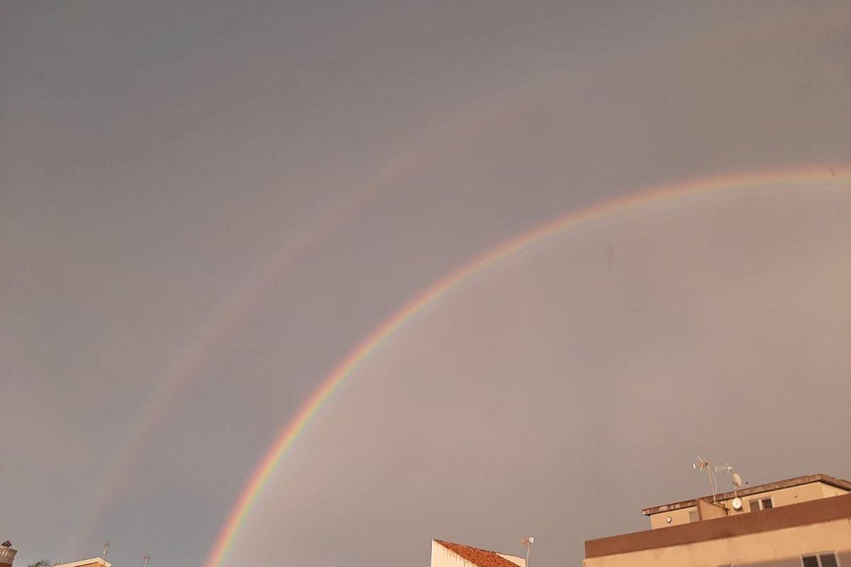 Espectacular doble arcoíris en Moncofa tras las lluvias