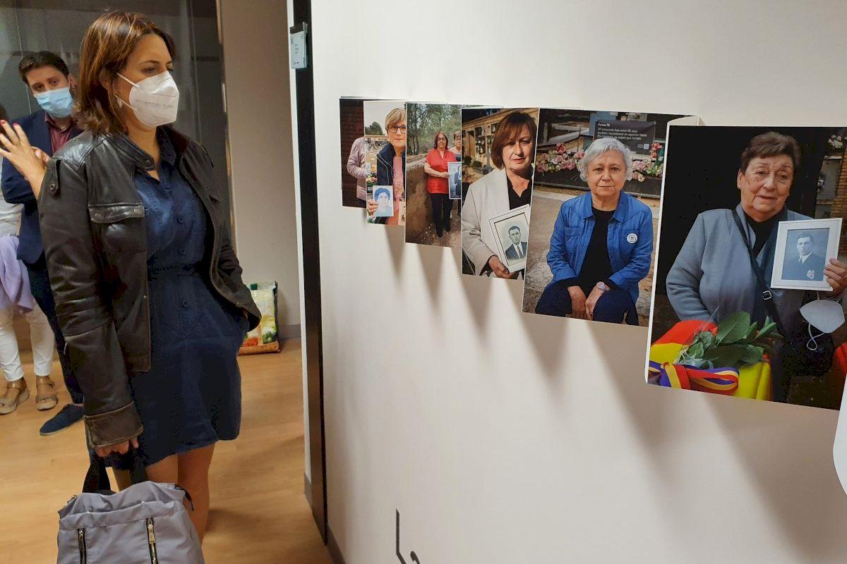 Pérez Garijo visita la exposición 'Paterna: la memoria del horror' en Castellón de la Plana