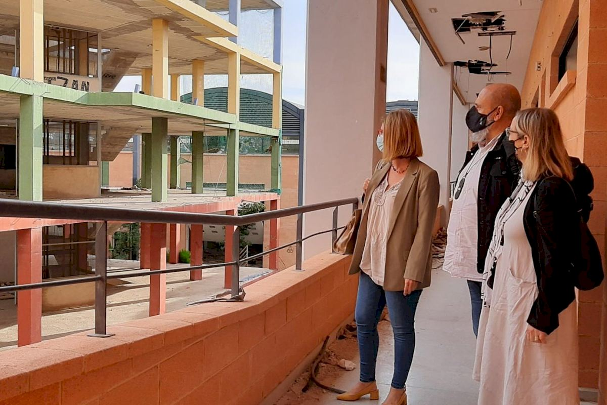 Labora y el Ayuntamiento de Alicante avanzan en la solución definitiva al Centro de Oficios de la extinta Coepa