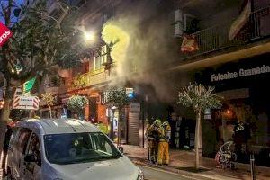 Varios heridos y un edificio evacuado tras el incendio de una tienda de electrodomésticos en Benidorm