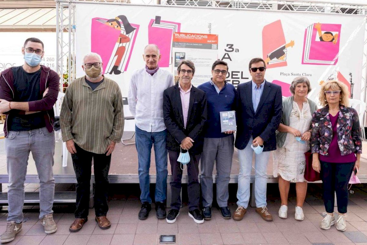 La Feria del Libro de Castelló acoge la presentación de dos de las novedades de Publicacions de la Universitat Jaume I