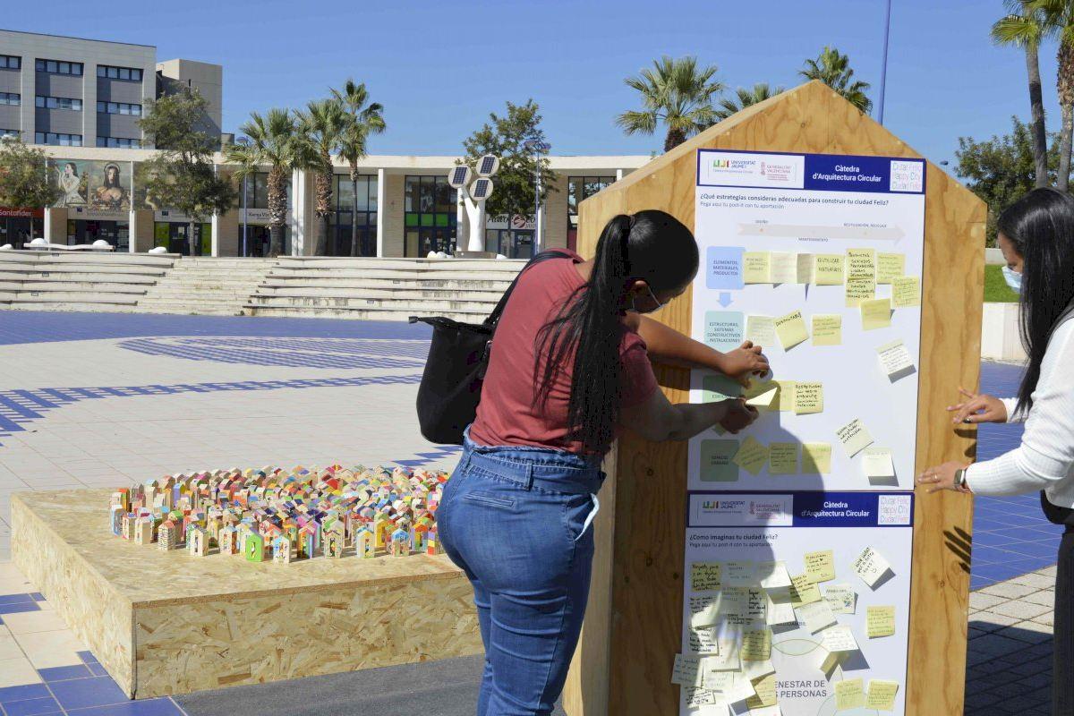 La Càtedra d'Arquitectura Circular interpela al alumnado de la UJI sobre cómo sería una Ciudad Feliz