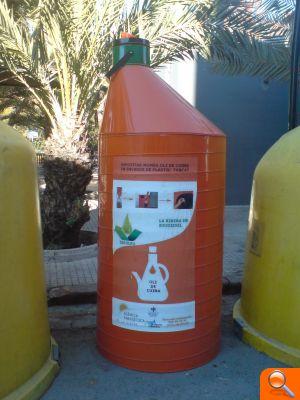 Algemesí recoge cerca de 4.000 litros de aceite usado doméstico - el periodic
