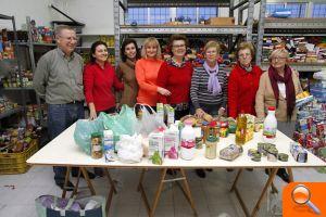 Los vecinos de Puçol aportan 3.000 kilos de alimentos - el periodic