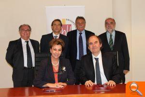 La UMH y MC MUTUAL firman un acuerdo de colaboración - el periodic