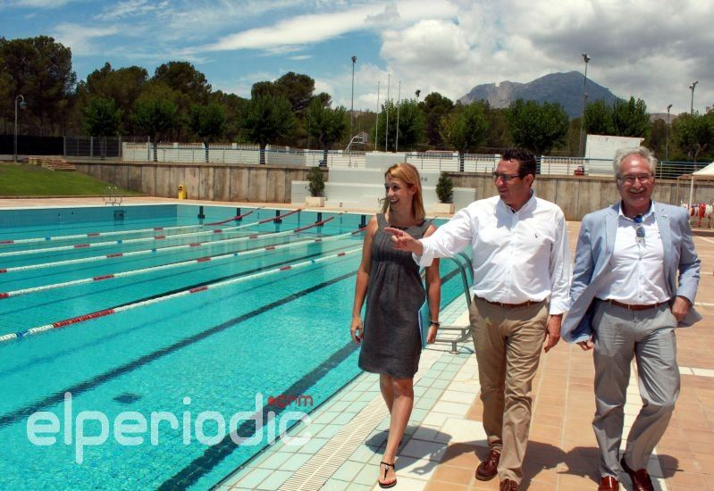 el ayuntamiento garantiza la apertura de la piscina