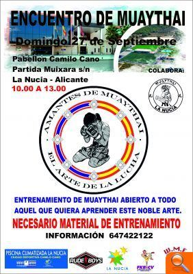 Curso de muay thai gratuito en el pabell n camilo cano for Piscina municipal camilo cano