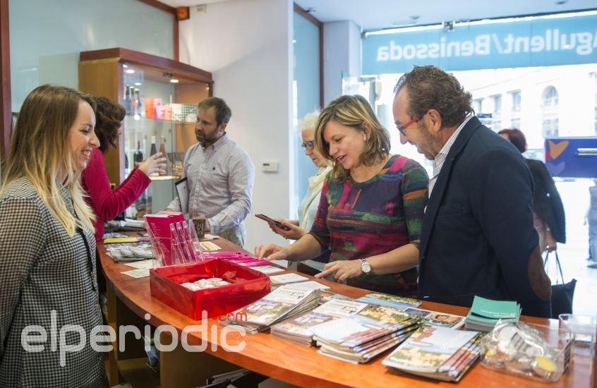 Agullent y benissoda muestran sus atractivos tur sticos en la oficina de promoci n de la for Oficina turismo valencia
