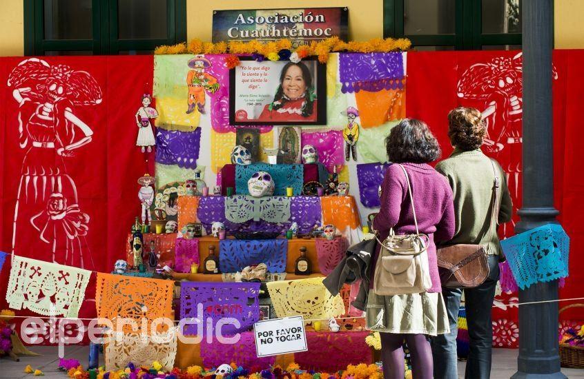 Un altar mexicano abre hoy las celebraciones del d a de for Noticias del espectaculo mexicano del dia de hoy