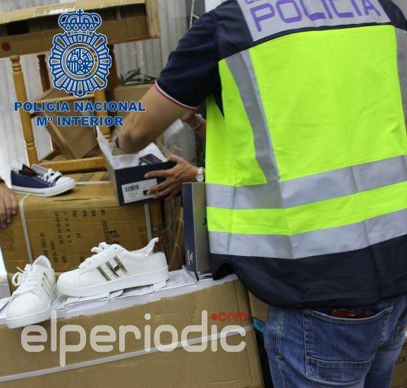 La Policía Nacional interviene 5 528 zapatillas falsificadas