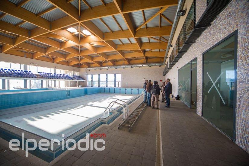 Cullera reinicia las obras de la piscina cubierta for Piscina sedavi
