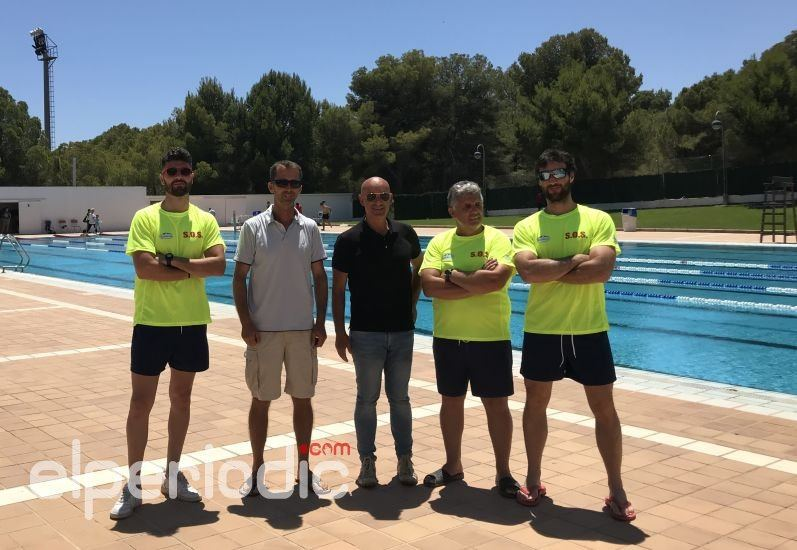 La piscina municipal de foietes abre sus puertas desde hoy for Piscina municipal sueca