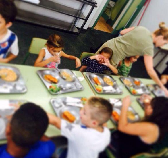 Paterna reparte men s en los comedores escolares que abre los 365 d as del a o - Trabajar en comedores escolares valencia ...